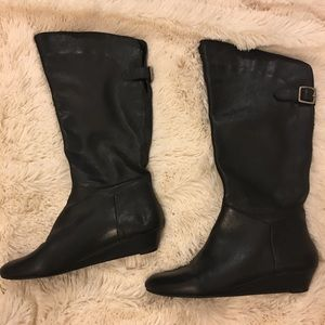⭐️ Steve Madden Black Boots! ⭐️